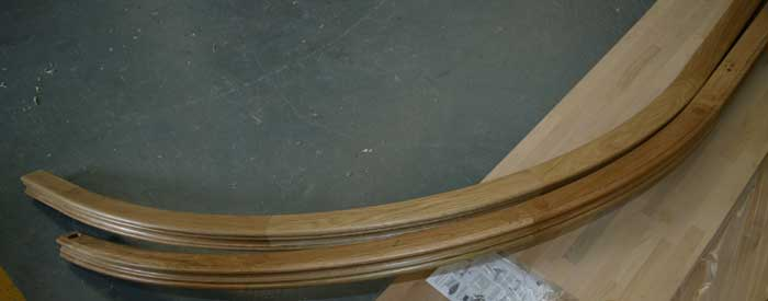 Pre jointed oak wreathed handrail